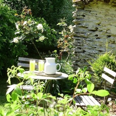 Table et chaise orangeade